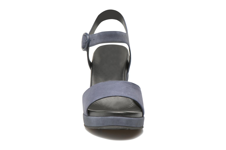 Sandales et nu-pieds What For Kanye Bleu vue portées chaussures