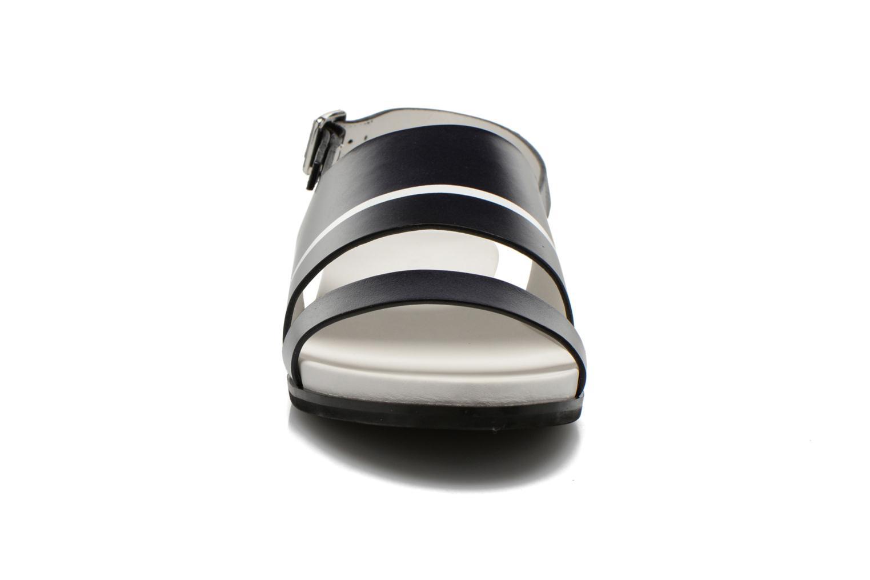 Sandali e scarpe aperte What For Xenia 2 Nero modello indossato