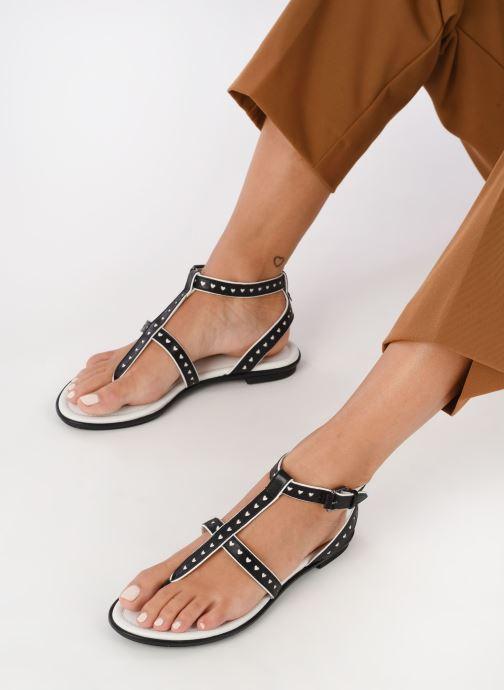 Sandalen What For Tale schwarz ansicht von unten / tasche getragen