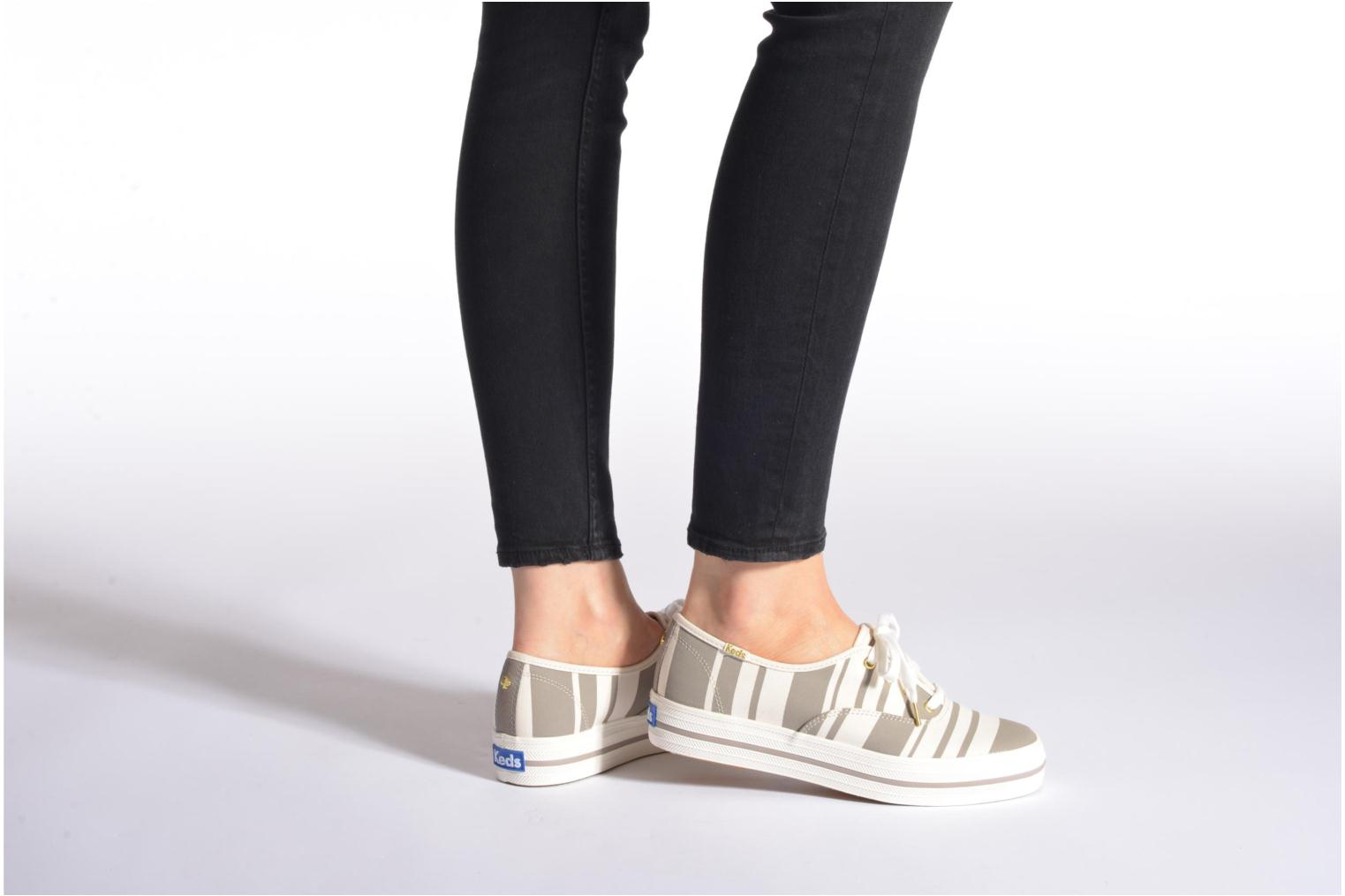 Trainers Keds Triple Fairemont Stripe Grey view from underneath / model view