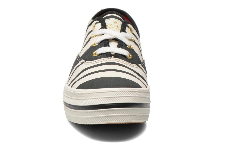 Baskets Keds Triple Fairemont Stripe Noir vue portées chaussures