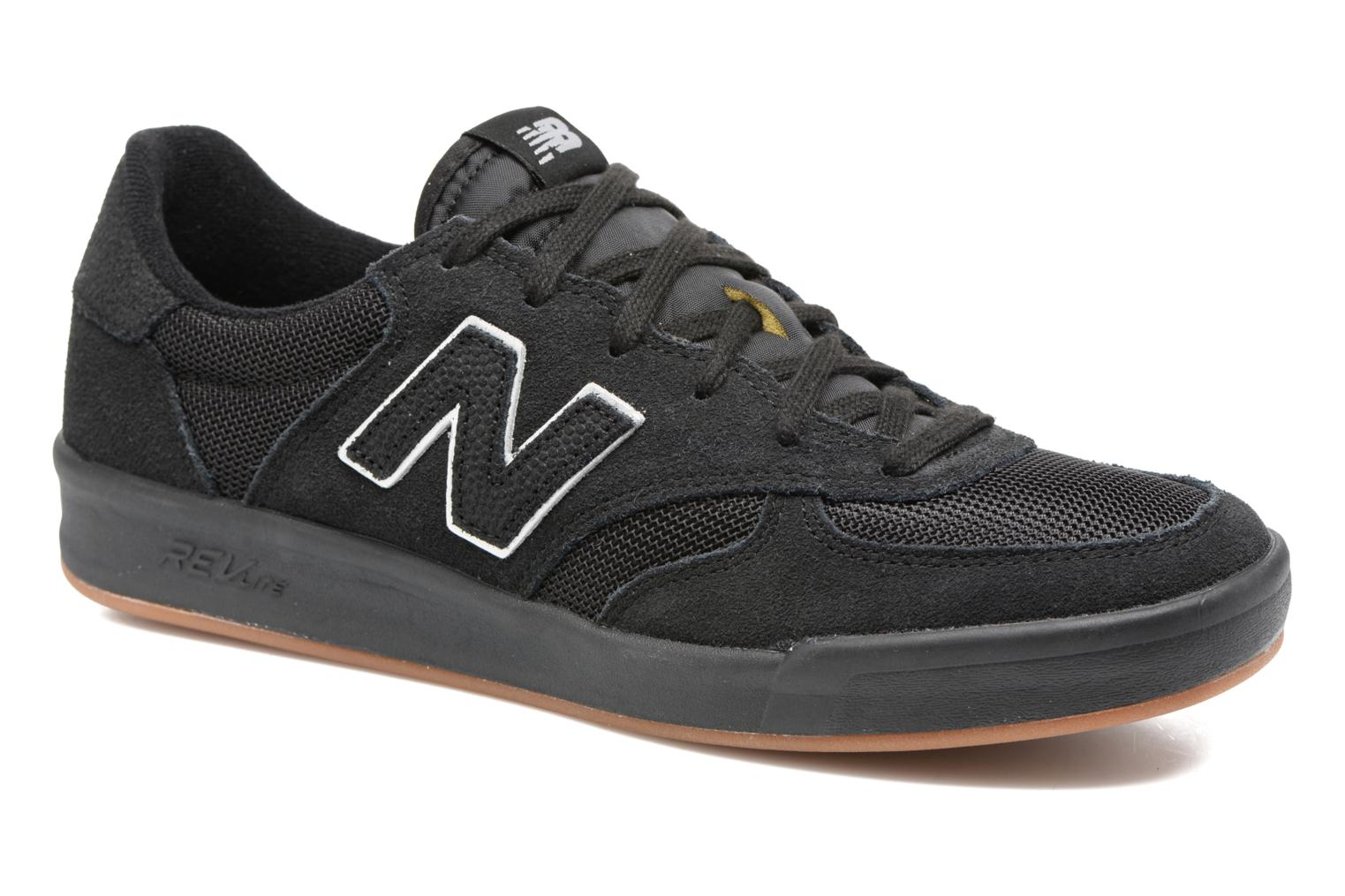 Trainers New Balance CRT300 Black detailed view/ Pair view