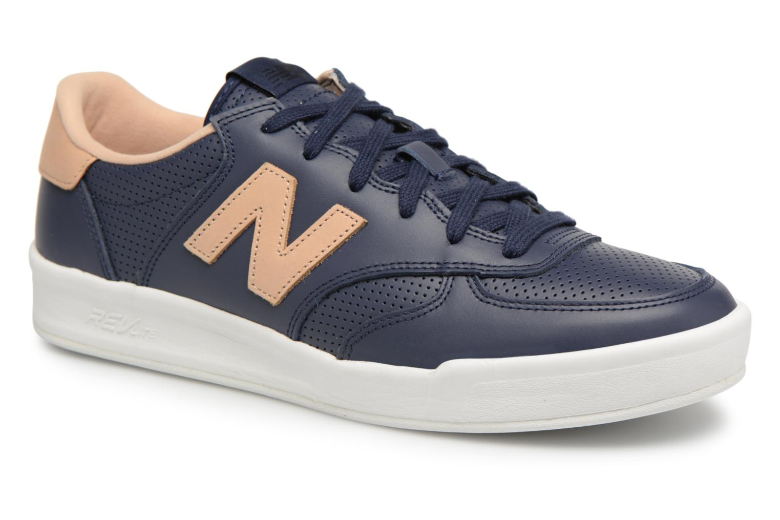 Trainers New Balance CRT300 Blue detailed view/ Pair view