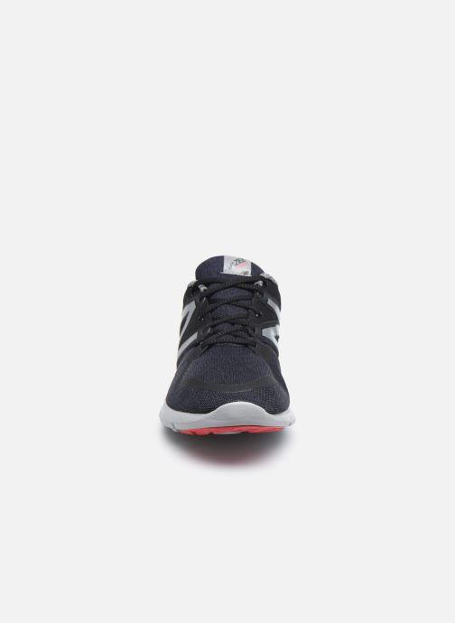Sport shoes New Balance MCOAS Black model view