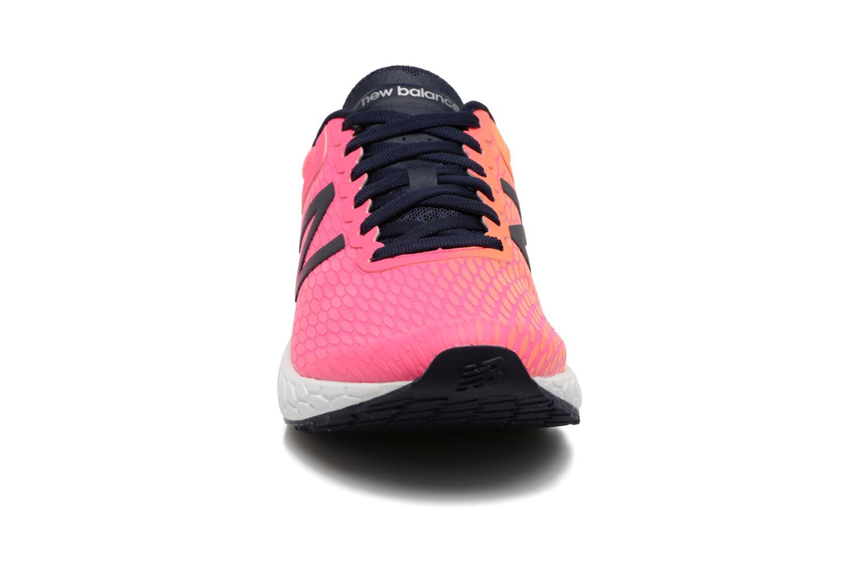 Chaussures de sport New Balance WBORA Rose vue portées chaussures