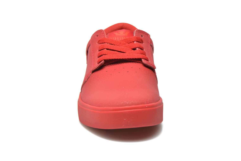 Chaussures de sport Supra Hammer Rouge vue portées chaussures