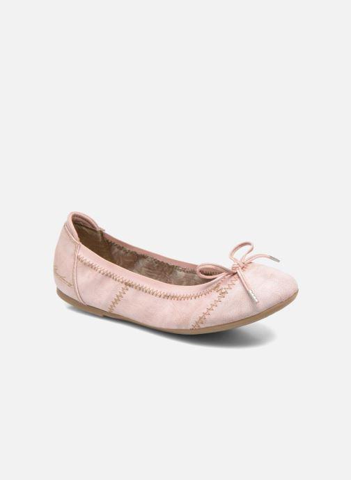 Ballerina's Mustang shoes Leah Roze detail