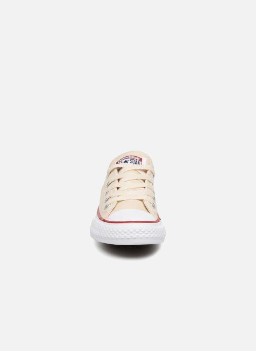 Baskets Converse Chuck Taylor All Star Ox Beige vue portées chaussures