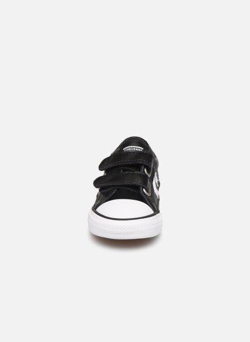Baskets Converse Star Player Ev 2V Ox Noir vue portées chaussures