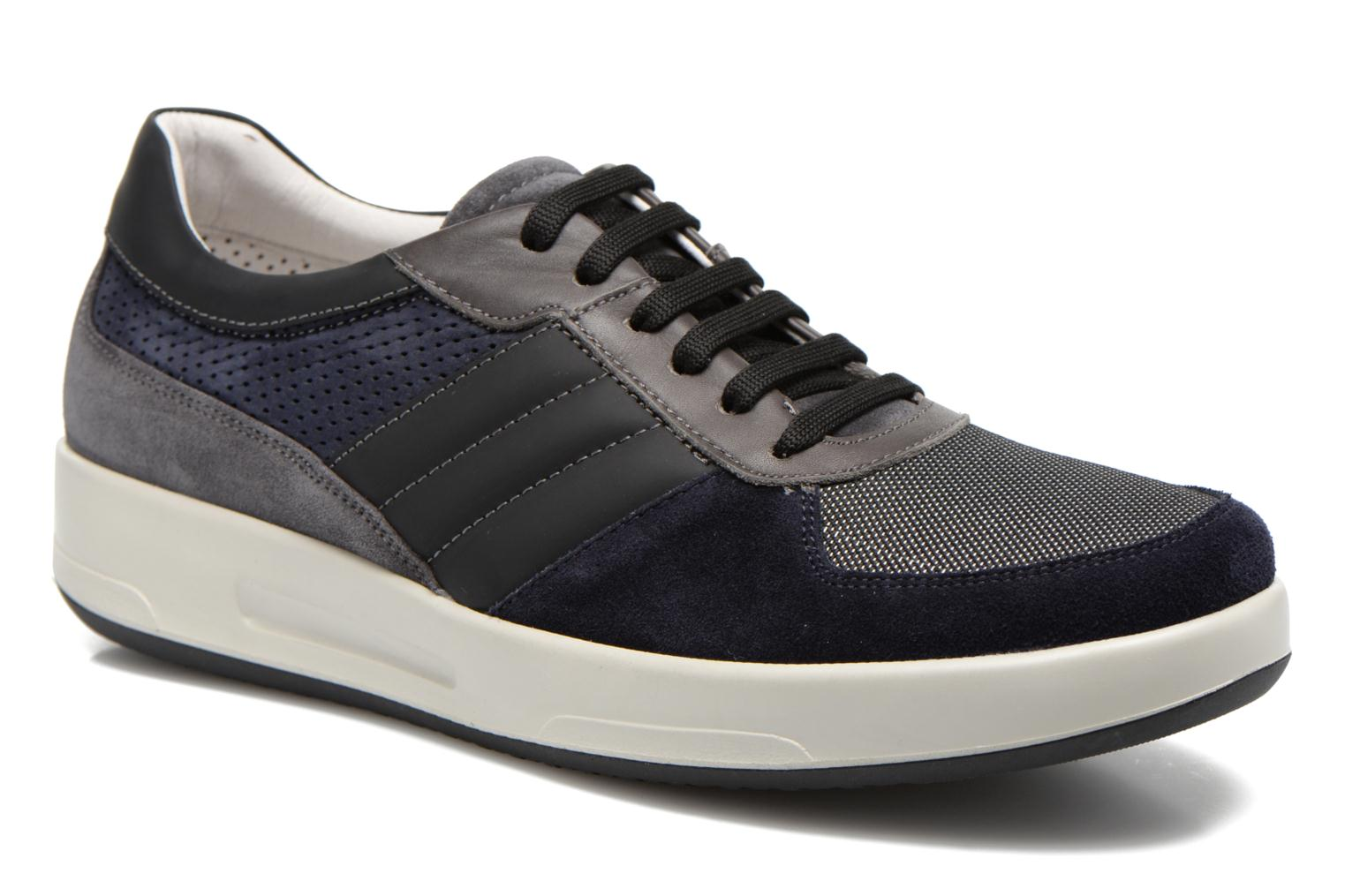Trainers Lagerfeld Jil by Lagerfeld Blue detailed view/ Pair view