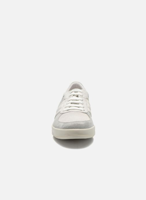 Baskets Lagerfeld John by Lagerfeld Blanc vue portées chaussures