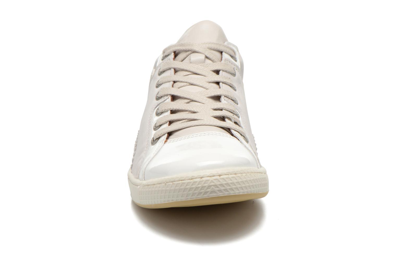 Baskets Pataugas Joka V Blanc vue portées chaussures