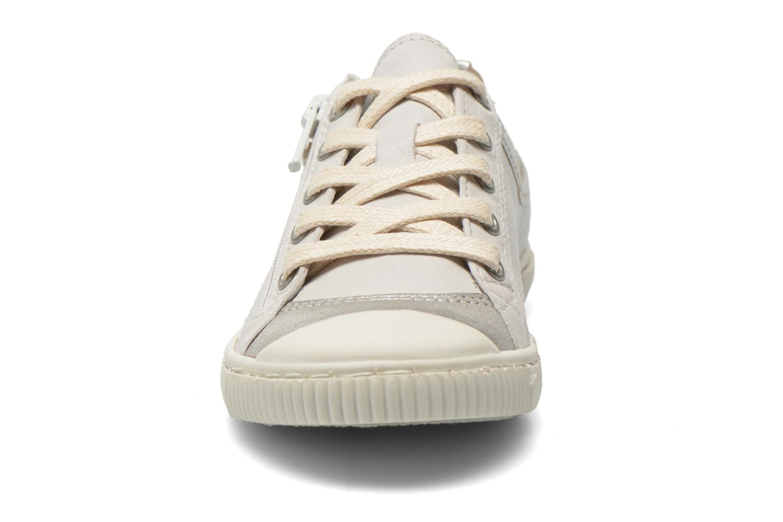 Baskets Pataugas Bisk J Blanc vue portées chaussures