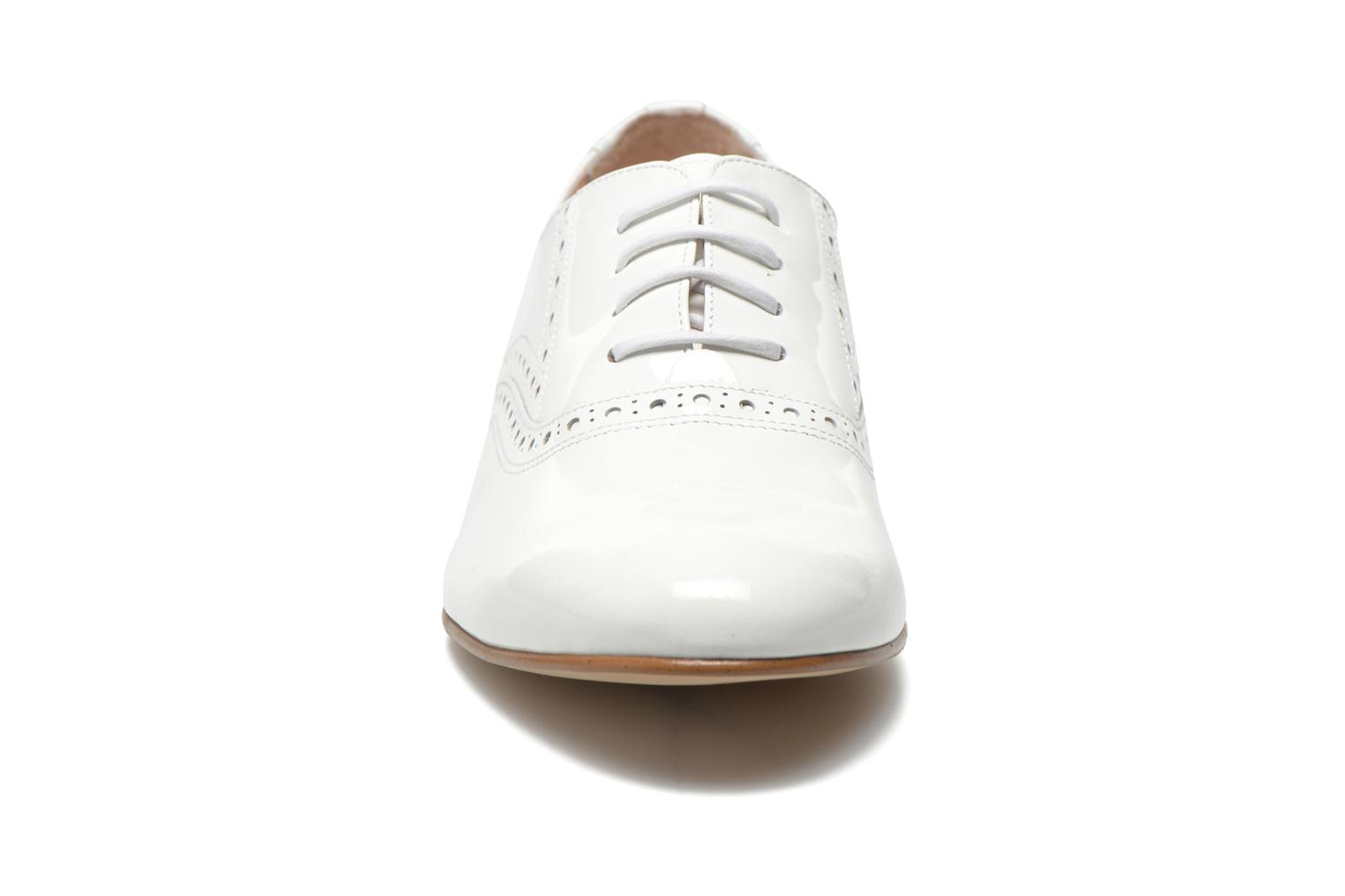Lace-up shoes Minelli F61 430/VER White model view