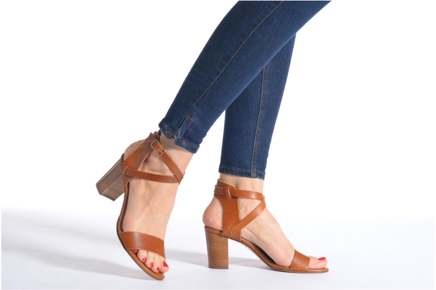 Sandals Minelli F93 684 Brown view from underneath / model view