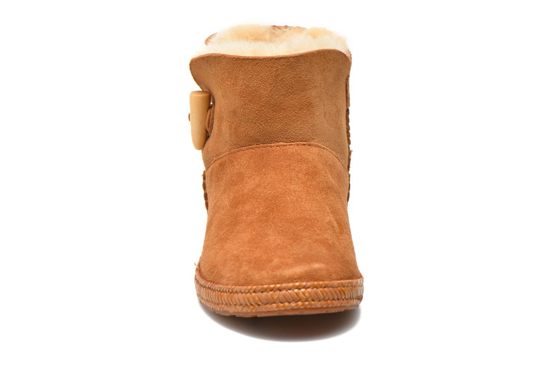 Boots en enkellaarsjes UGG K Wyoming Bruin model