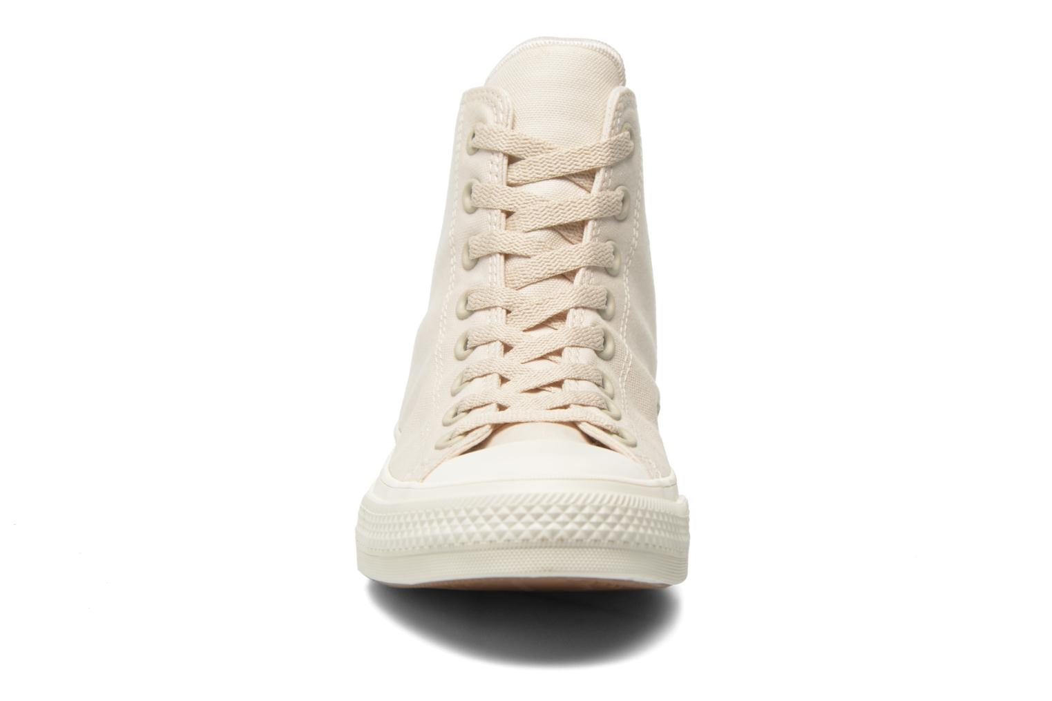 Trainers Converse Chuck Taylor All Star II Hi M Beige model view