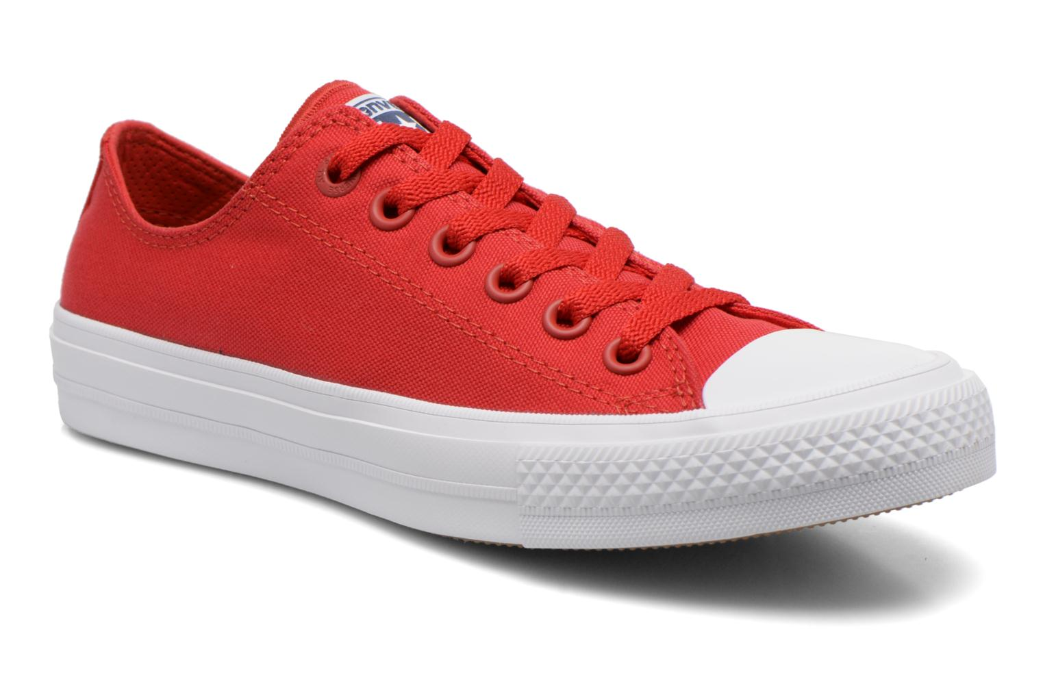 Baskets Converse Chuck Taylor All Star II Ox W Rouge vue détail/paire
