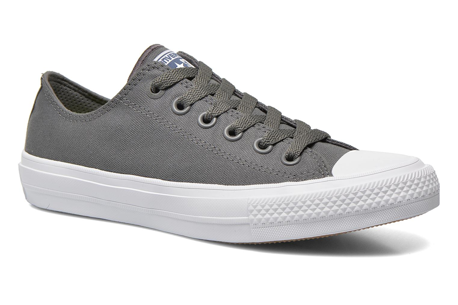 Baskets Converse Chuck Taylor All Star II Ox M Gris vue détail/paire