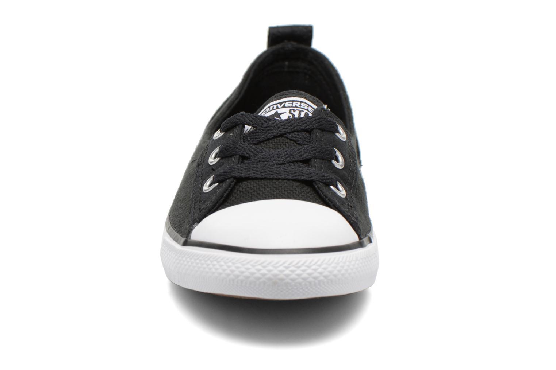Baskets Converse Chuck Taylor All Star Ballet Lace Noir vue portées chaussures