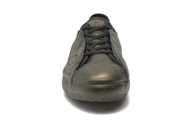 Baskets Converse Chuck Taylor All Star Ox Line Shroud W Noir vue portées chaussures