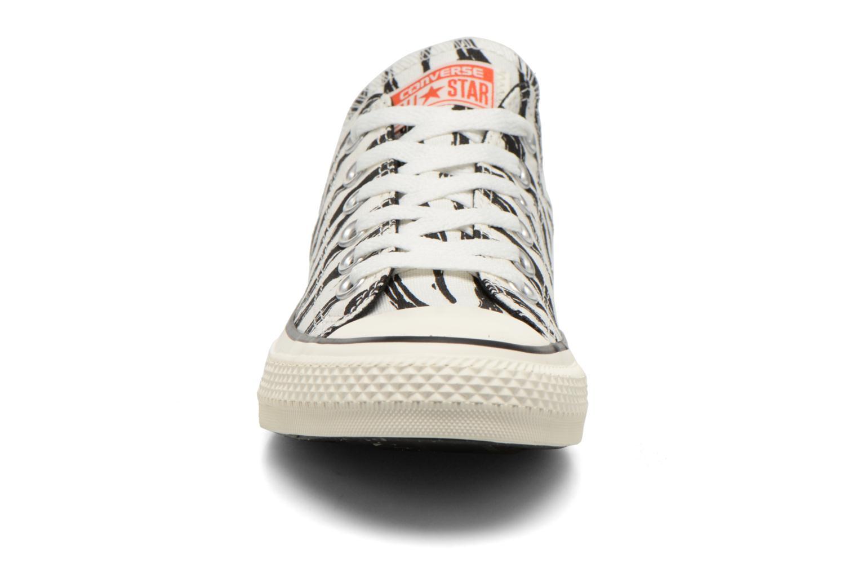 Baskets Converse Chuck Taylor All Star Ox Sketchbook Print W Multicolore vue portées chaussures