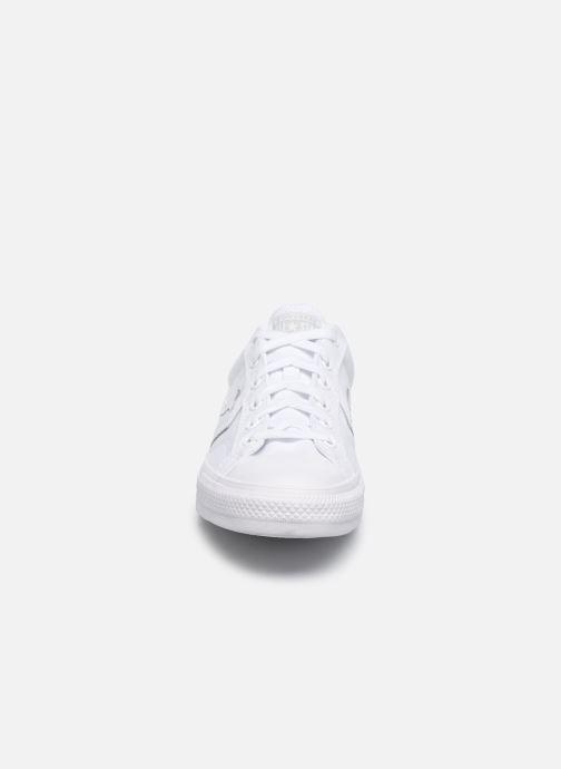 Sneaker Converse Star Player Ox M weiß schuhe getragen