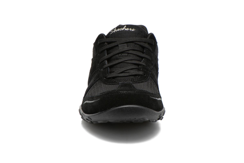 Baskets Skechers Breathe-Easy - Jackpot 22532 Noir vue portées chaussures