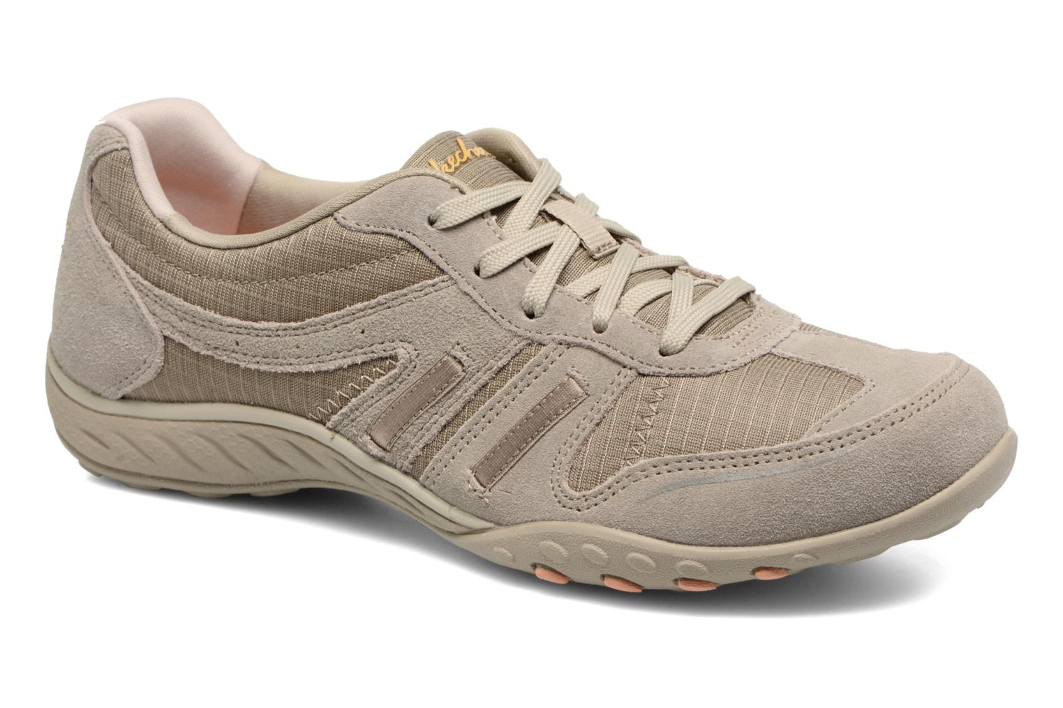 Baskets Skechers Breathe-Easy - Jackpot 22532 Beige vue détail/paire