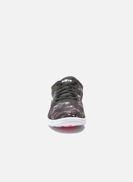 Chaussures de sport Skechers Go Step 14200 Noir vue portées chaussures