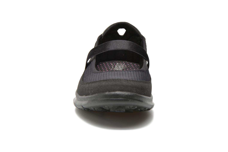 Bailarinas Skechers Go Step - Original 14213 Negro vista del modelo