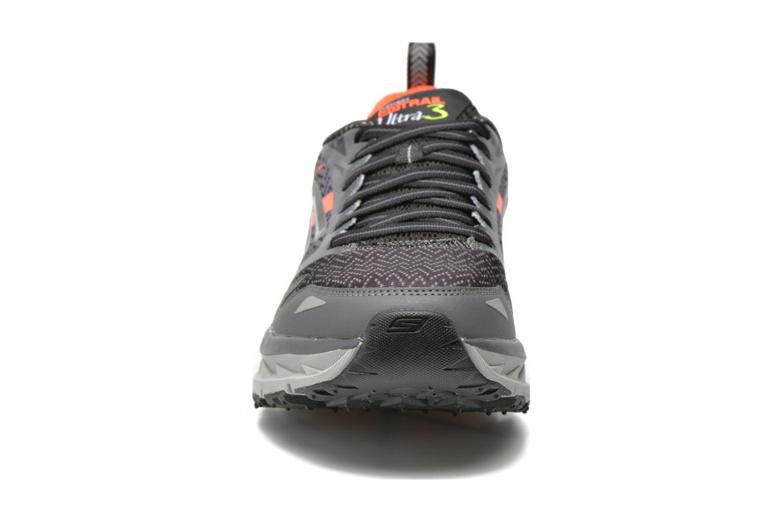 Chaussures de sport Skechers Go Trail Ultra 3 54110 Gris vue portées chaussures