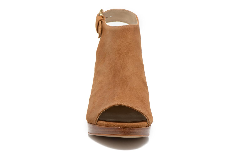 Sandalen San Marina Medoa braun schuhe getragen