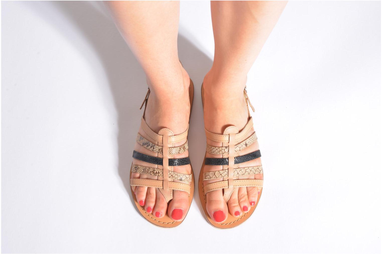 Sandales et nu-pieds André Bonus Multicolore vue bas / vue portée sac