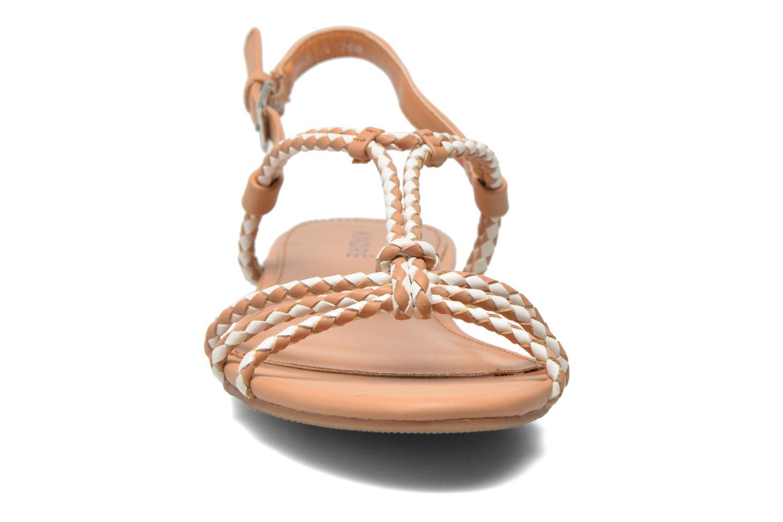 Sandales et nu-pieds André Nectar Beige vue portées chaussures