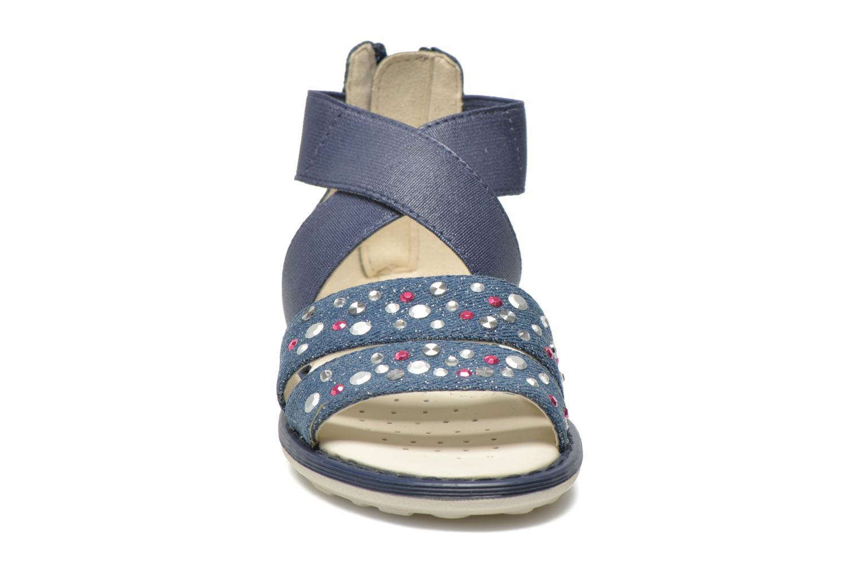 Sandales et nu-pieds Geox JR Sandal Milk J52D1E Bleu vue portées chaussures