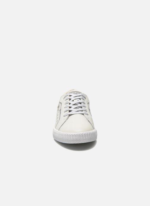 Baskets Geox J Smart Girl J52F4A Blanc vue portées chaussures