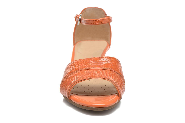 Sandales et nu-pieds Geox D Lupe D5283C Orange vue portées chaussures