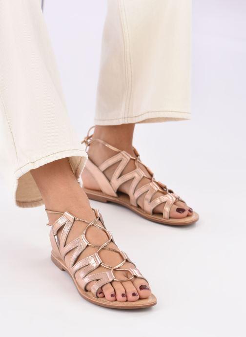 Sandalen I Love Shoes SUGLI Leather gold/bronze ansicht von unten / tasche getragen