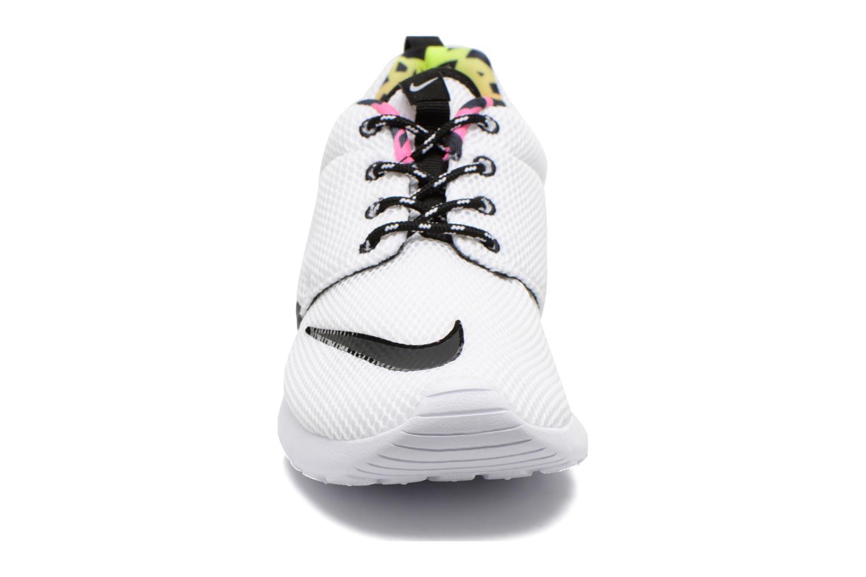 Trainers Nike Nike Roshe One Fb (Gs) White model view