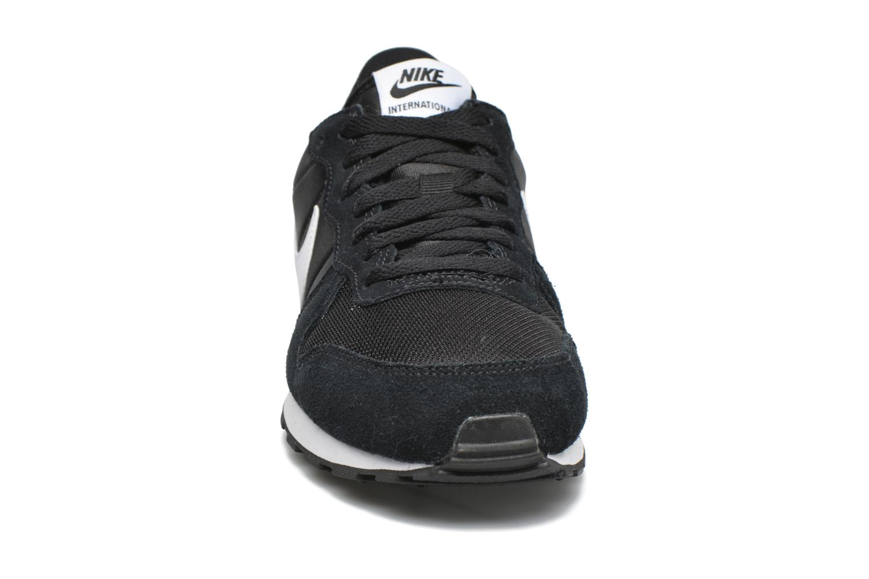 Baskets Nike Nike Internationalist (Gs) Noir vue portées chaussures