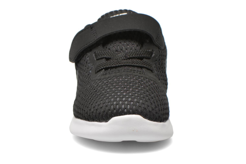 Baskets Nike Nike Free Rn (Tdv) Noir vue portées chaussures