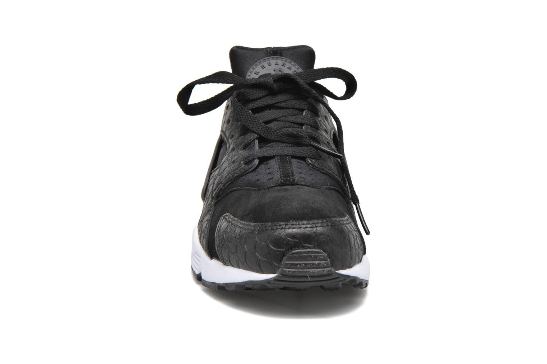 Baskets Nike Nike Air Huarache Run Prm Noir vue portées chaussures