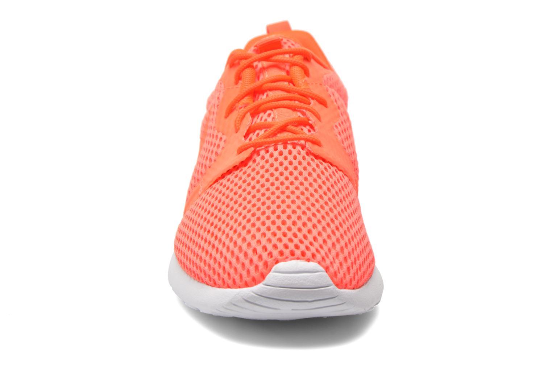 Baskets Nike Nike Roshe One Hyp Br Orange vue portées chaussures