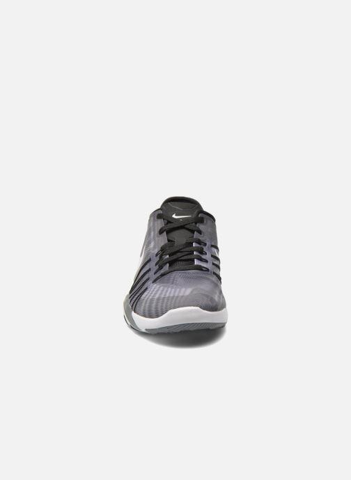 Chaussures de sport Nike Wmns Nike Free Tr 6 Prt Gris vue portées chaussures