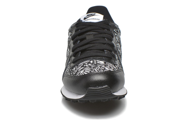 Baskets Nike W Internationalist Print Noir vue portées chaussures