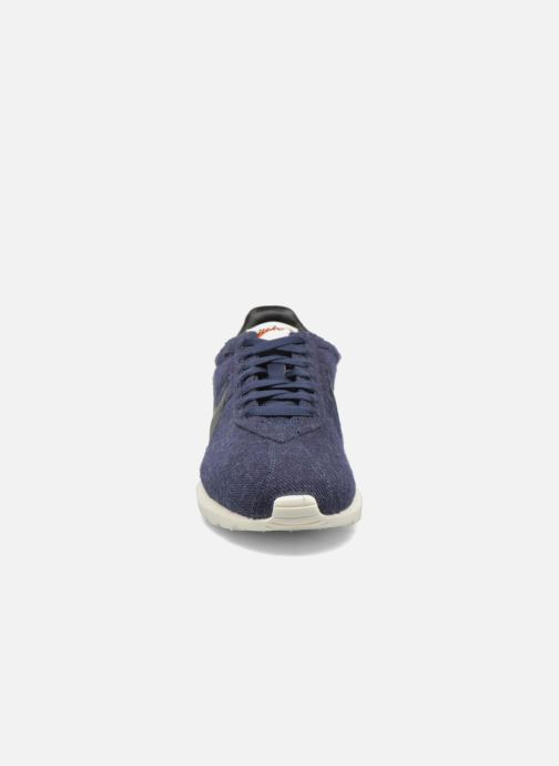 Deportivas Nike Nike Roshe Ld-1000 Azul vista del modelo