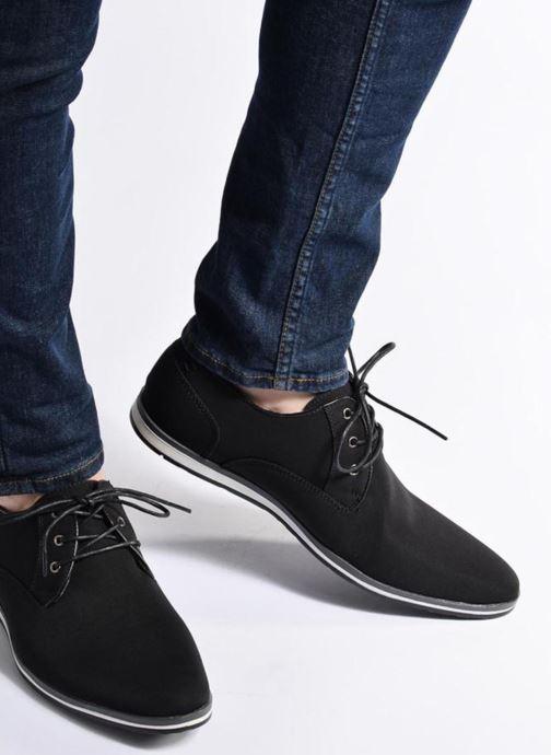 Schnürschuhe I Love Shoes SUPERAS schwarz ansicht von unten / tasche getragen