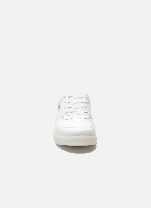 Baskets Cash Money CMC 37 Blanc vue portées chaussures