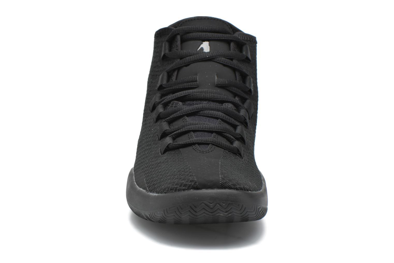 Schnürschuhe Jordan Jordan Reveal schwarz schuhe getragen